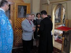 ks. ze Słowacji wraz z żoną przyjmują Kartę.jpg - Prijatie Charty 1.10.2011