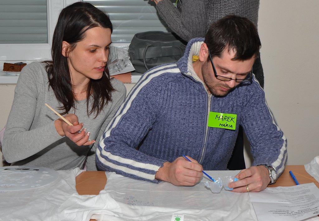 DSC_0577.JPG - Vzájomné manželské obdarovanie sa vlastnoručne namaľovaným tričkom